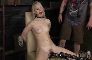 Классное БДСМ порно с любительницами хардкора №2081 5
