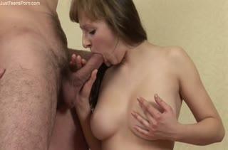 Девушки с большими сиськами снимаются в порно №2588