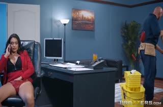 Скачать порно девушек с большими сиськами №2594 бесплатно 1