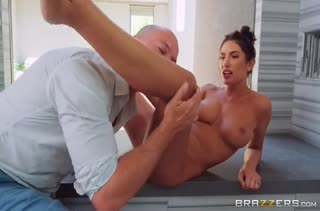 Девушки с большими сиськами снимаются в порно №3036