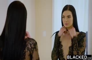 Скачать порно видео с темноволосыми милахами №2266 1