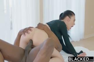 Скачать порно видео с темноволосыми милахами №2266 5