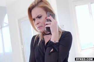 Порно на телефон с девочками в чулках №1853 скачать