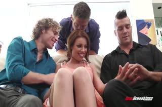 Скачать порно видео с милахами в чулках №2612
