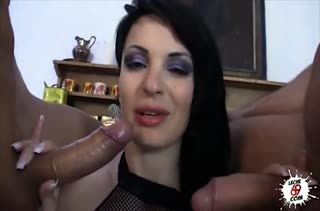 Жесткое порно видео с двойным проникновением №2031 1