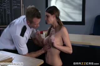 Порно на телефон молодых нимфоманок №2965 5