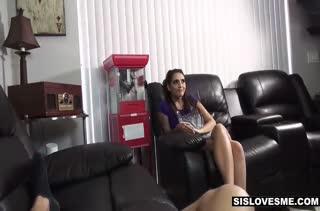 Парочка решается снять домашнее порно видео №2066 4