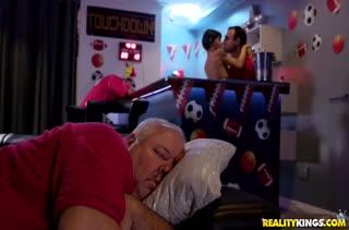 Хардкорный секс с любительницами грубости №2665 5